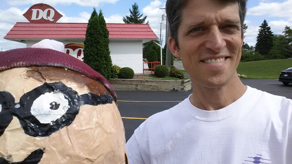 #SalineScarecrowContest #IFoundWaldoSelfie #DairyQueen #icecream #haloween #scarecrow #crafts #fun